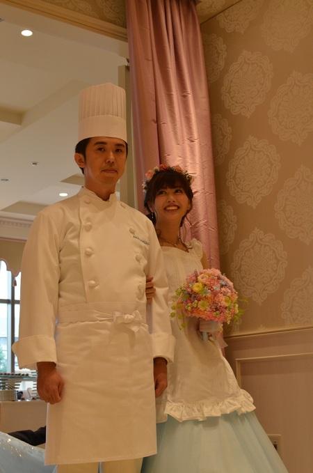 新郎新婦様からのメール アニヴェルセルみなとみらいの花嫁様より シンデレラのようなブルーのドレスに_a0042928_8175030.jpg