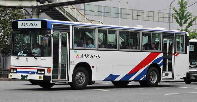 エムケイ観光バス~ブルーリボンHU_a0164734_21104349.jpg