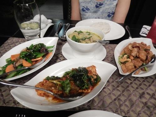 2016年GWバンコク旅行⑨ サラティップでタイ旅行気分を満喫_e0052736_22224748.jpg
