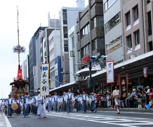 祇園祭 山鉾巡行_e0048413_17205923.jpg