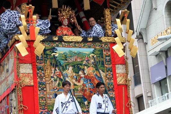 祇園祭 山鉾巡行_e0048413_17211320.jpg