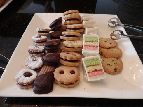 Afternoon Tea at Waldorf Astoria New York ☆The Towers ☆Life\'s a gift ~☆*†꒰ღ˘◡˘ற꒱✯・゚_a0053662_16471644.jpg