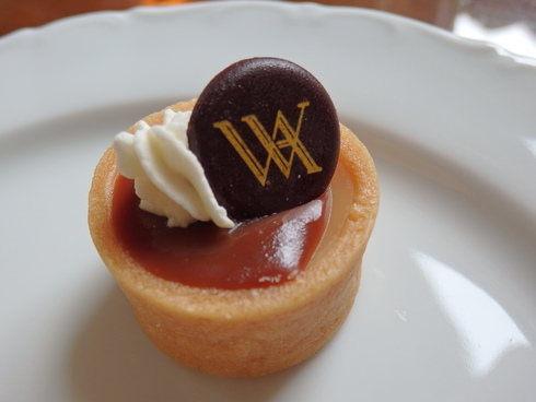 Afternoon Tea at Waldorf Astoria New York ☆The Towers ☆Life\'s a gift ~☆*†꒰ღ˘◡˘ற꒱✯・゚_a0053662_16531539.jpg
