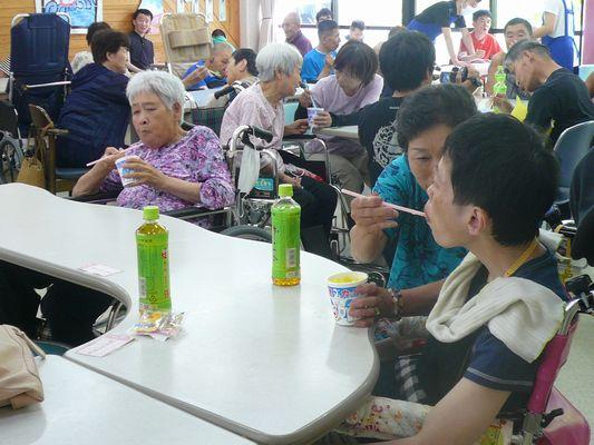 7/17 聖愛園夏祭り_a0154110_14555045.jpg