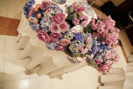 夏の装花 リストランテASO様へ 紫と青、バラと紫陽花で_a0042928_11231820.jpg