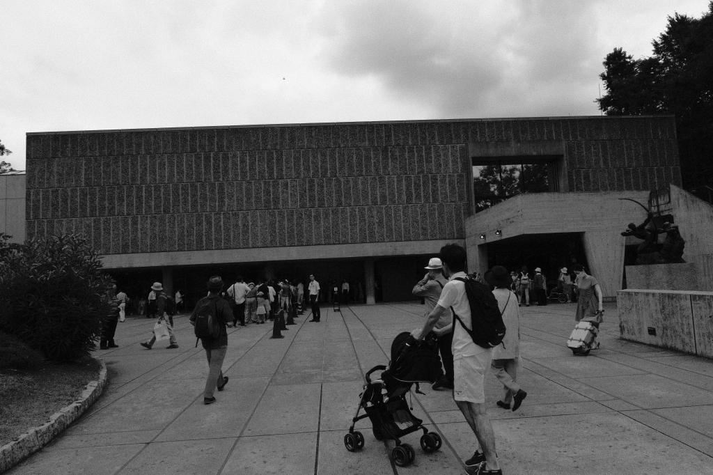 祝 上野・国立西洋美術館 世界遺産登録_f0050534_23171357.jpg