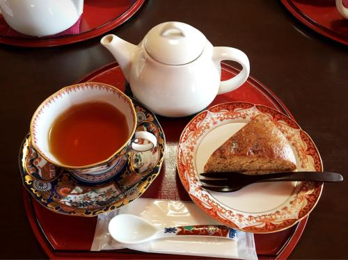 茶寮 多喜 (さりょう  たき)_e0292546_06503610.jpg