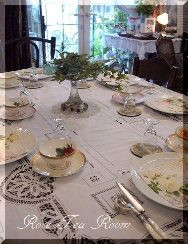 2素敵な! バラのお迎えテーブル&タティングレース~♪_a0159974_717882.jpg