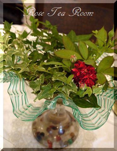2素敵な! バラのお迎えテーブル&タティングレース~♪_a0159974_7254987.jpg