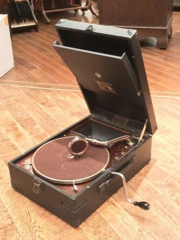 サウンド展の新着蓄音器:HMV101_a0047010_21202237.jpg