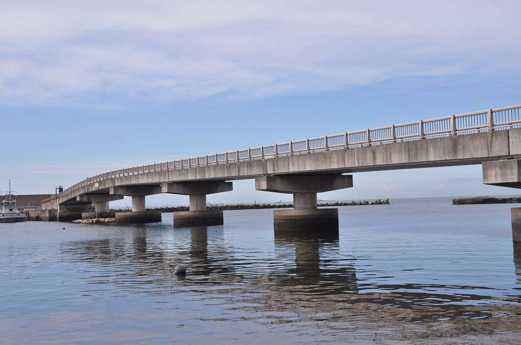 伊勢町橋のある風景_d0065116_2059409.jpg
