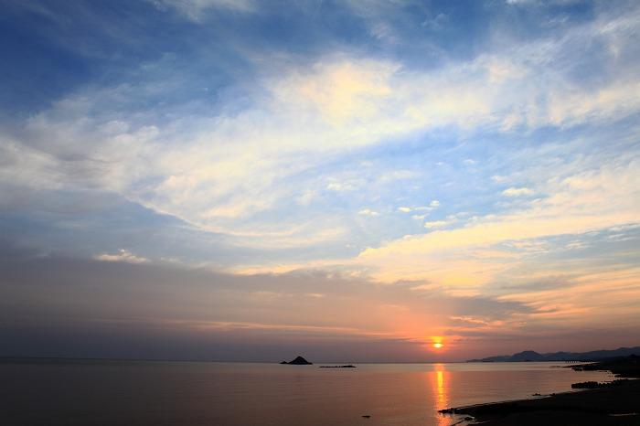 静かな夜明け_a0294534_19205053.jpg