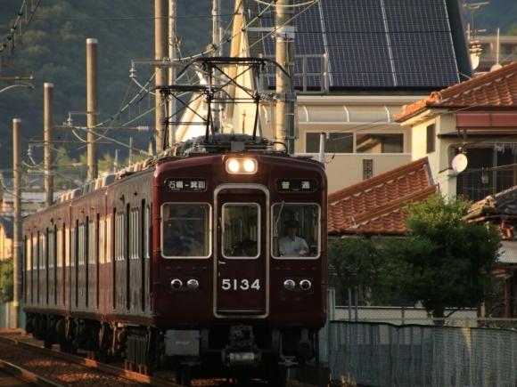 阪急箕面線   夕方  5100系_d0202264_13072522.jpg