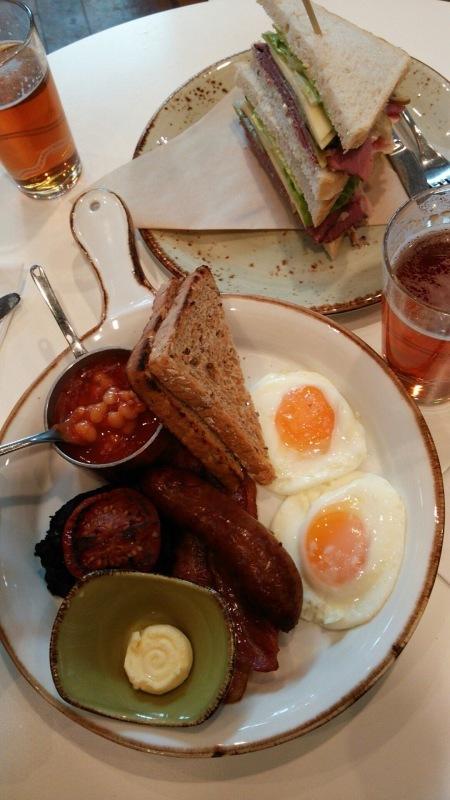 暮らすように旅する〜イギリスを食す(≧∇≦)_c0274374_00302861.jpeg