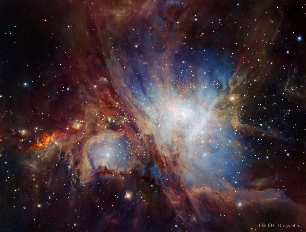 赤外線で巨大望遠鏡が捉えた美しいオリオン大星雲の姿_d0063814_10342321.jpg