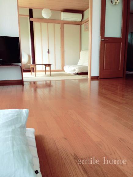 掃除を促すラグなし生活_e0303386_10504589.jpg