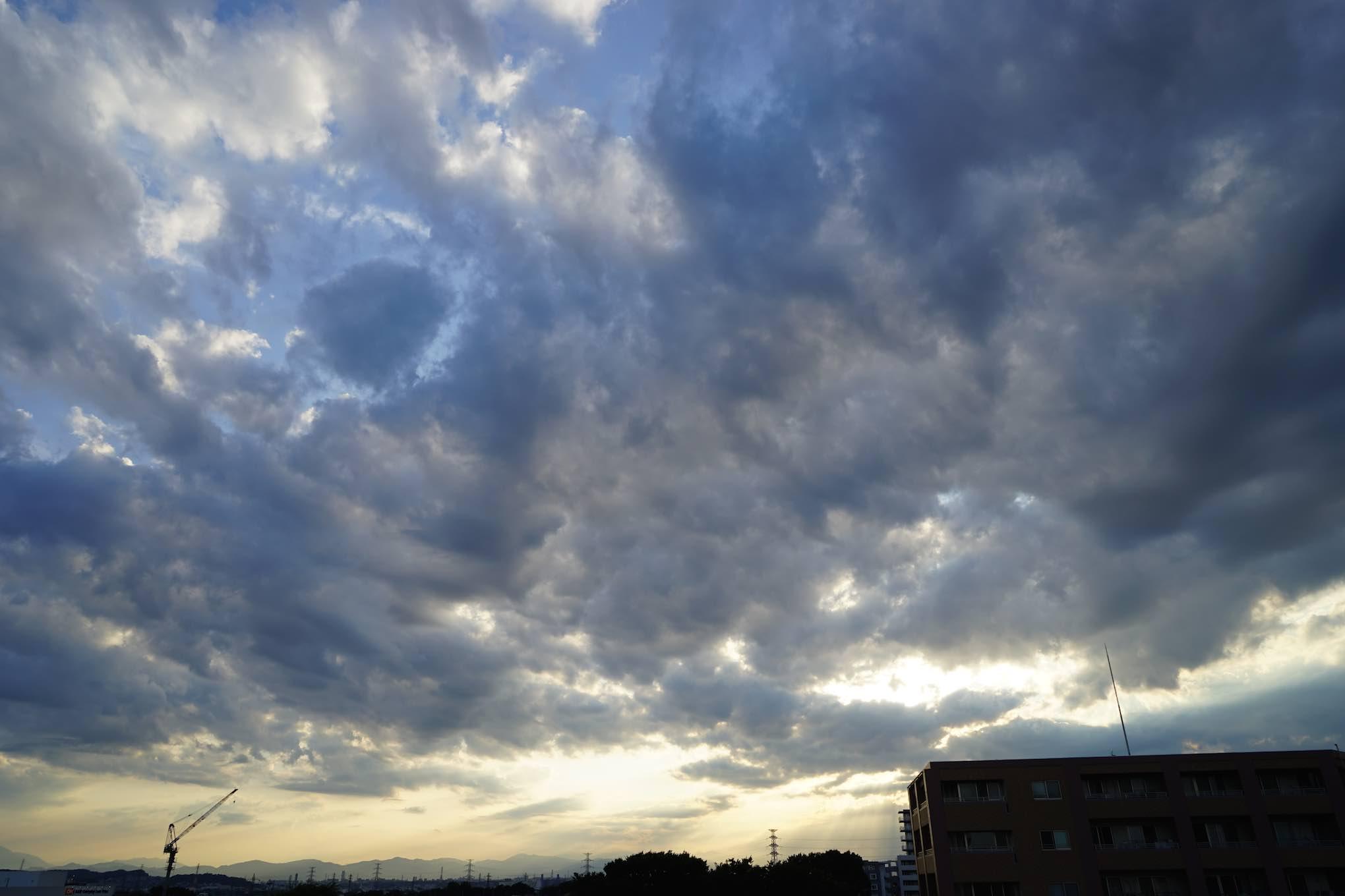 東京 空 1_b0360240_15194992.jpg