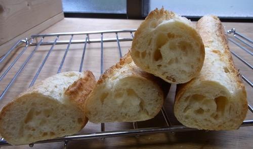 51回目 フランスパン20 加水67%(硬水)_c0063348_21481822.jpg