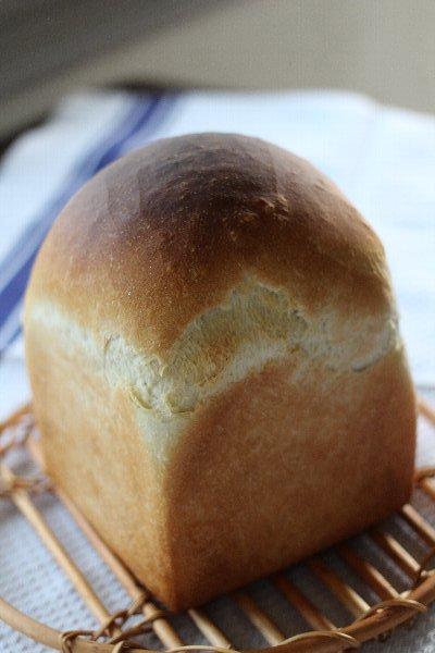 Backeのパン作りに高価なオーブンは必要なし!_f0224568_18561754.jpg