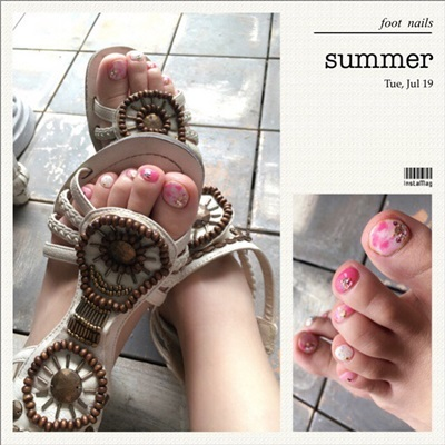 夏のネイル_e0237680_12032821.jpg
