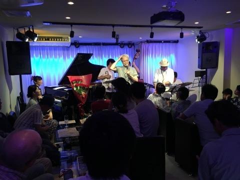 Jazzlive comin  明日月曜日のライブ_b0115606_10583858.jpeg