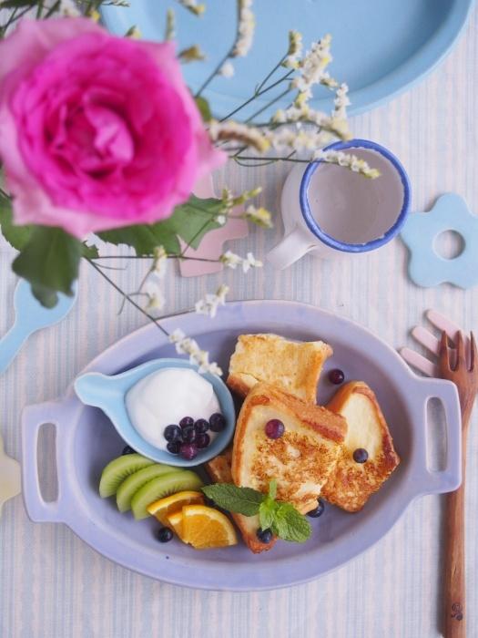 フレンチトーストの朝ごはん。_b0277136_12532922.jpeg