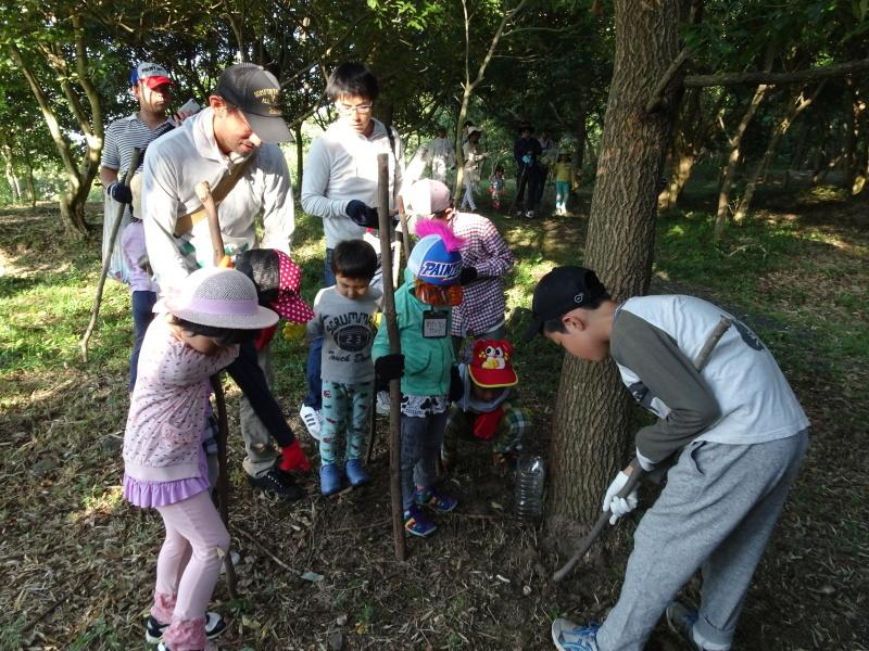 第2回「うみべの森でカブトムシを探そう!」_c0108460_00022865.jpg