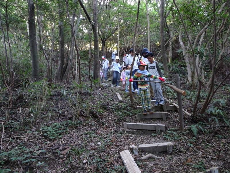 第2回「うみべの森でカブトムシを探そう!」_c0108460_00133960.jpg