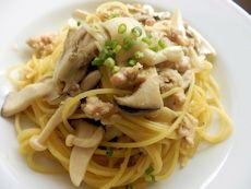 7/24本日パスタ:鶏挽肉とキノコの和クリーム・スパゲティ_a0116684_1159965.jpg