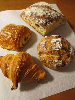 NEW OPEN!!パリ名店出身のパン職人さんのお店「コメット」@麻布十番_f0231189_22024124.jpg