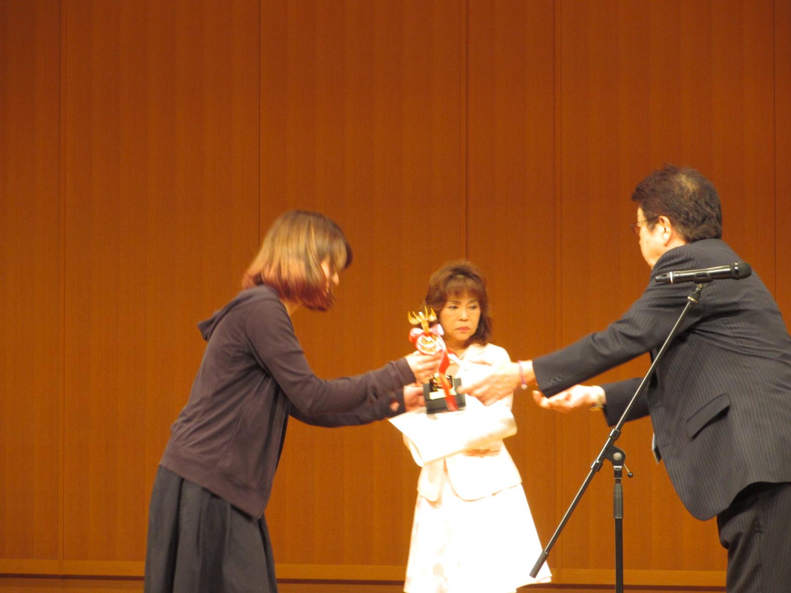 キョンちゃん優勝!_e0150006_1913296.jpg