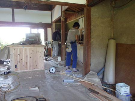 古民家リノベーション~キッチン作り&窓開け_f0208315_23423449.jpg