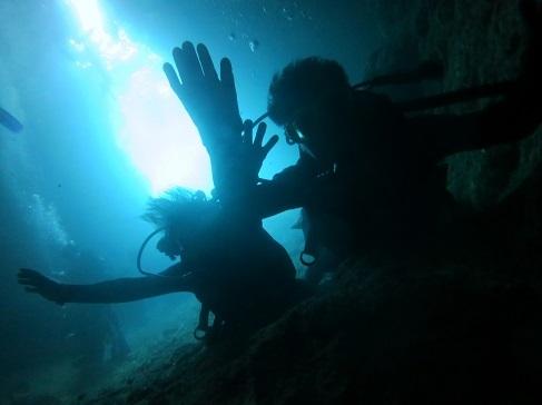 ボートで青の洞窟行ってきました!!_a0156273_19460020.jpg