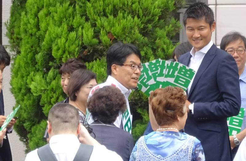 都知事選 小平駅前街頭演説会_f0059673_17550772.jpg