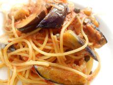 7/26本日パスタ:茄子とツナ・ケッパーのトマトソース・スパゲティ_a0116684_12052.jpg