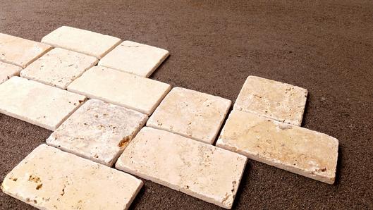 自然石タイルで石畳風の玄関ポーチ_d0080906_18254419.jpg