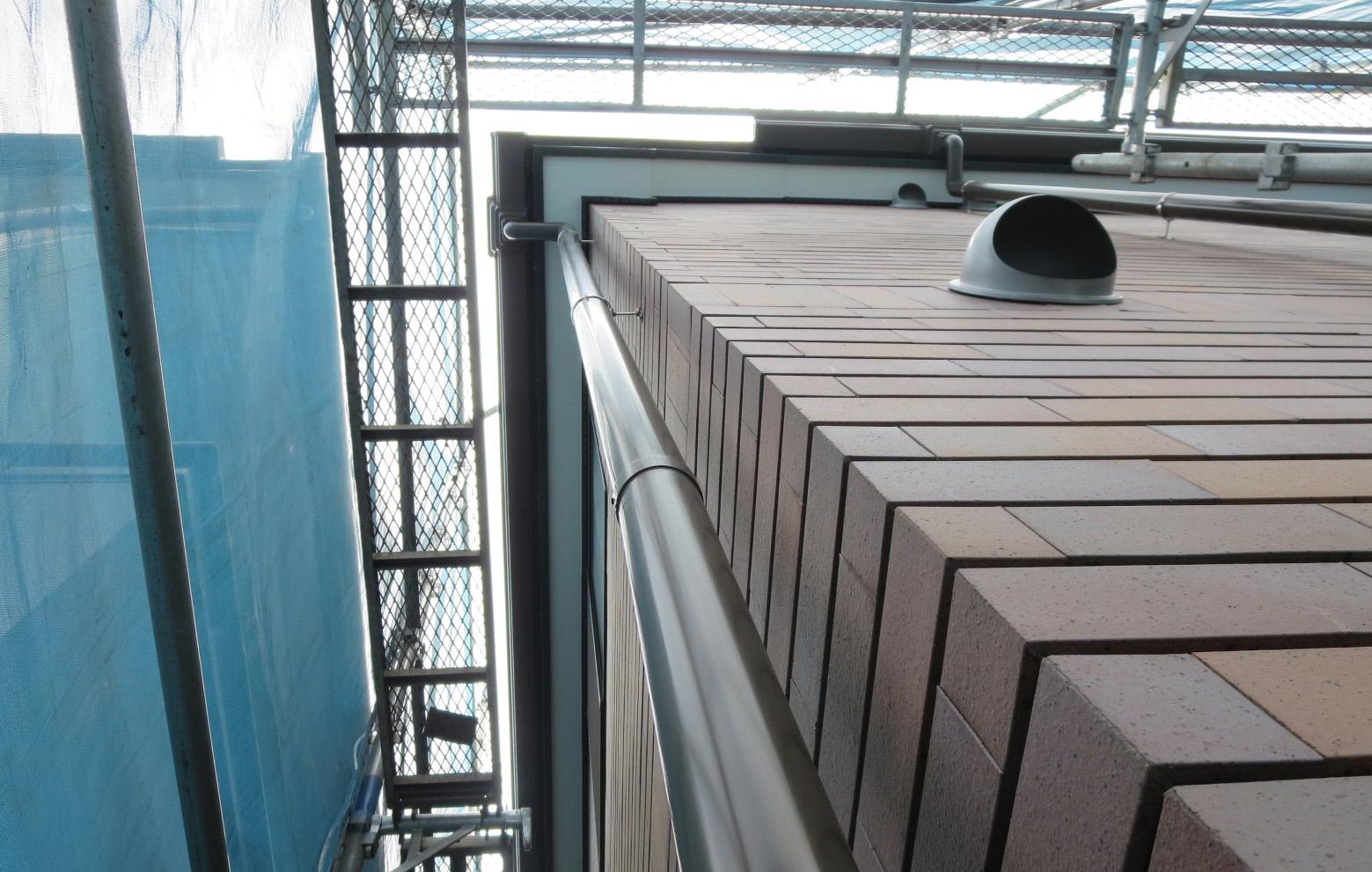 築10年の外装メンテナンス工事_f0140817_223764.jpg
