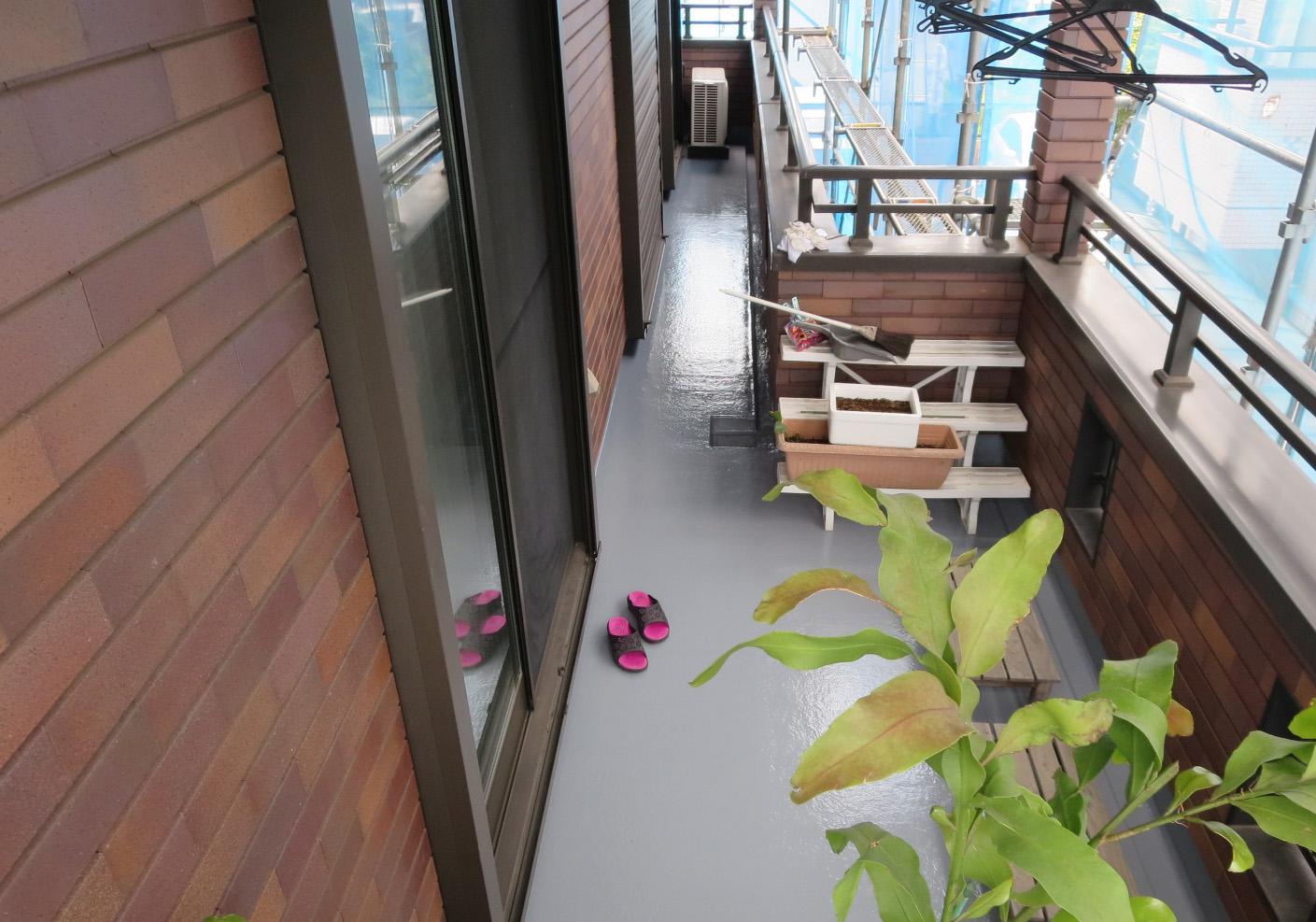 築10年の外装メンテナンス工事_f0140817_272282.jpg