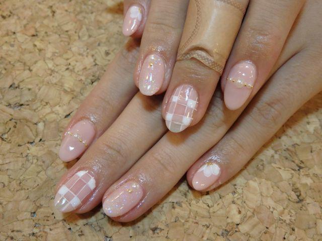 Pink Nail_a0239065_11455308.jpg