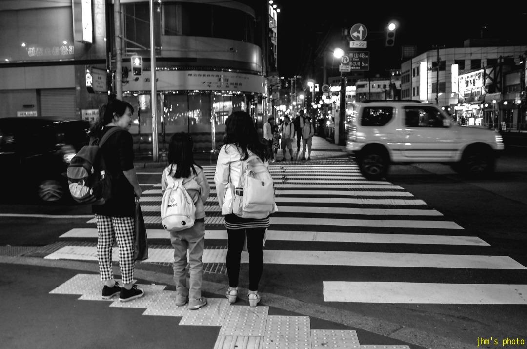 大門歩き写真と杉の子_a0158797_1373226.jpg