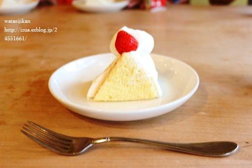 娘がお菓子教室へ_e0214646_1040627.jpg