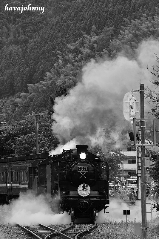 津和野駅界隈を楽しむ~SLやまぐち号重連~_c0173762_23123361.jpg