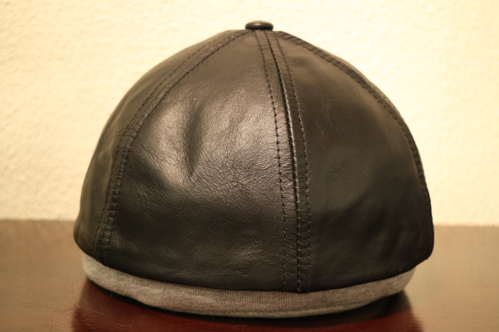 【NEW ARRIVAL】- CAPAS Leather Cap -_b0121563_15372872.jpg