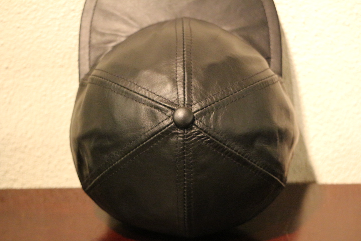 【NEW ARRIVAL】- CAPAS Leather Cap -_b0121563_15374387.jpg