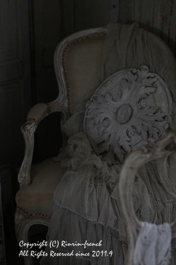 フランスよりフランスなブロカントエス邸訪問_e0237680_09122368.jpg