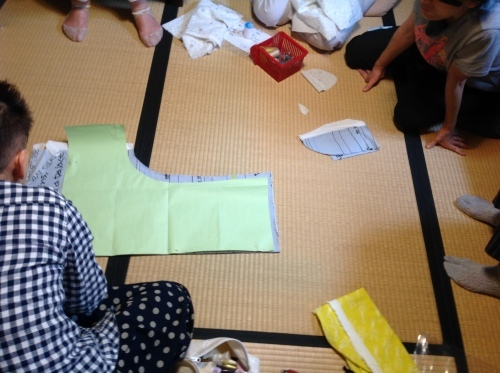 夏の『ちくちく手縫いの会』涼しいブラウスできました!_b0153663_15015640.jpeg
