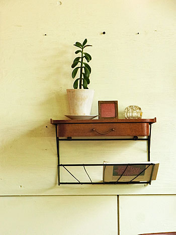 wall shelf_c0139773_17522518.jpg