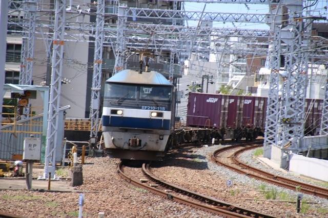 藤田八束の鉄道写真@貨物列車の写真、北海道、東北、関東、山陽、九州を走る_d0181492_20550668.jpg