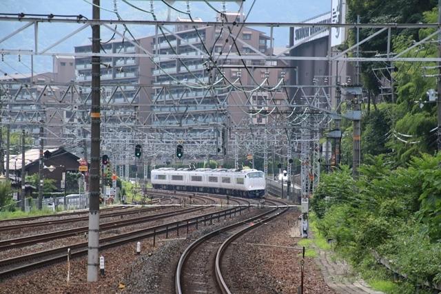 藤田八束の鉄道写真@2025年に大阪万博が決定、おめでとう!!・・・日本の技術は世界のどの位置に、そして人類平和への貢献度は_d0181492_21245271.jpg