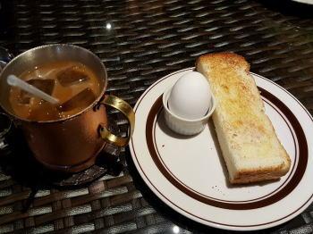 朝飯ね・・・_d0027711_11305497.jpg